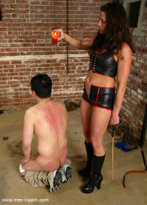 Photo number 10 from Dave and Kym Wilde shot for Men In Pain on Kink.com. Featuring Dave and Kym Wilde in hardcore BDSM & Fetish porn.