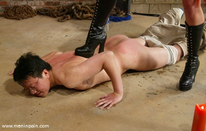Photo number 7 from Dave and Kym Wilde shot for Men In Pain on Kink.com. Featuring Dave and Kym Wilde in hardcore BDSM & Fetish porn.