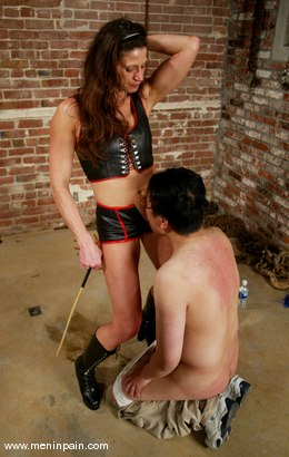 Photo number 5 from Dave and Kym Wilde shot for Men In Pain on Kink.com. Featuring Dave and Kym Wilde in hardcore BDSM & Fetish porn.