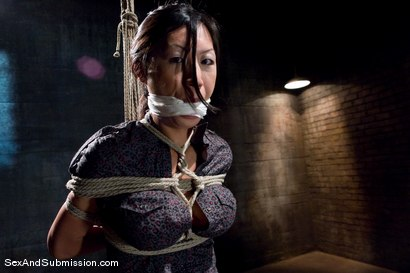 Photo number 1 from Tia Ling shot for Sex And Submission on Kink.com. Featuring Derrick Pierce and Tia Ling in hardcore BDSM & Fetish porn.