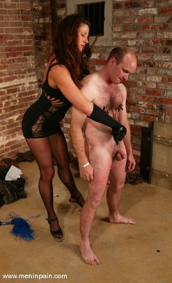 Photo number 8 from Mike and Kym Wilde shot for Men In Pain on Kink.com. Featuring Mike and Kym Wilde in hardcore BDSM & Fetish porn.