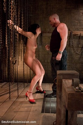 Photo number 4 from Satine Phoenix shot for Sex And Submission on Kink.com. Featuring Mark Davis and Satine Phoenix in hardcore BDSM & Fetish porn.