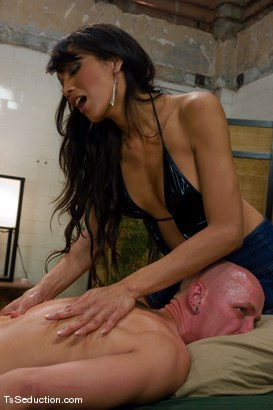 Photo number 4 from Full service spa shot for TS Seduction on Kink.com. Featuring Yasmin Lee and Chad Rock in hardcore BDSM & Fetish porn.