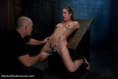 Photo number 6 from Jade Marxxx shot for Sex And Submission on Kink.com. Featuring Mark Davis and Jade Marxxx in hardcore BDSM & Fetish porn.