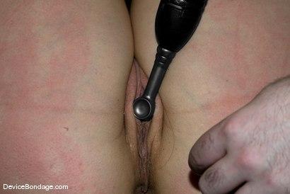 Photo number 13 from Quandary shot for devicebondage on Kink.com. Featuring Bobbi Starr in hardcore BDSM & Fetish porn.