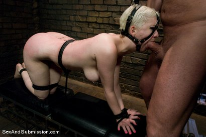 Photo number 9 from Cherry Submits shot for Sex And Submission on Kink.com. Featuring Mark Davis and Cherry Torn in hardcore BDSM & Fetish porn.