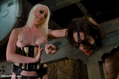 Photo number 3 from Slave Driver shot for Men In Pain on Kink.com. Featuring Kade and Lorelei Lee in hardcore BDSM & Fetish porn.