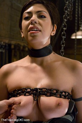 Photo number 7 from The Training of Satine Phoenix, Day Four shot for The Training Of O on Kink.com. Featuring Satine Phoenix and Maestro in hardcore BDSM & Fetish porn.
