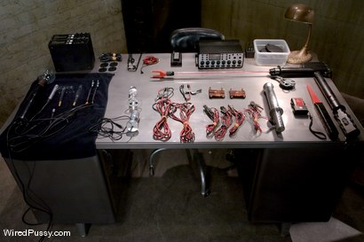 Photo number 1 from Electrical Demo Part 1: The Violet Wand shot for Wired Pussy on Kink.com. Featuring Lorelei Lee in hardcore BDSM & Fetish porn.