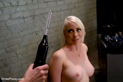 Photo number 3 from Electrical Demo Part 1: The Violet Wand shot for Wired Pussy on Kink.com. Featuring Lorelei Lee in hardcore BDSM & Fetish porn.