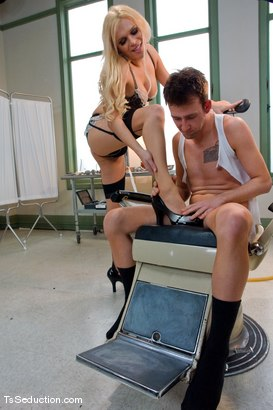 Photo number 6 from Oral Expert shot for TS Seduction on Kink.com. Featuring Jesse and Dean Strong in hardcore BDSM & Fetish porn.