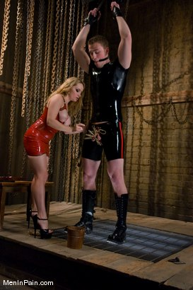 Photo number 11 from The Bigger They Come shot for Men In Pain on Kink.com. Featuring Alrik Angel and Aiden Starr in hardcore BDSM & Fetish porn.