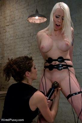 Photo number 12 from Electrical Demo Part 3: Learn how to play with electricity shot for Wired Pussy on Kink.com. Featuring Lorelei Lee in hardcore BDSM & Fetish porn.