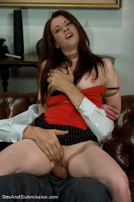 Photo number 9 from Servant Keen shot for Sex And Submission on Kink.com. Featuring Steve Holmes and Amber Keen in hardcore BDSM & Fetish porn.