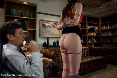 Photo number 3 from Servant Keen shot for Sex And Submission on Kink.com. Featuring Steve Holmes and Amber Keen in hardcore BDSM & Fetish porn.