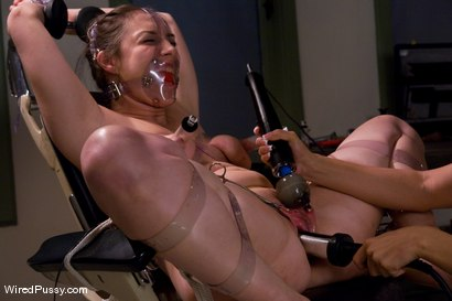 Photo number 6 from Sister Dee and Isis Love get nasty in the doctor's office shot for Wired Pussy on Kink.com. Featuring Isis Love and Sister Dee in hardcore BDSM & Fetish porn.