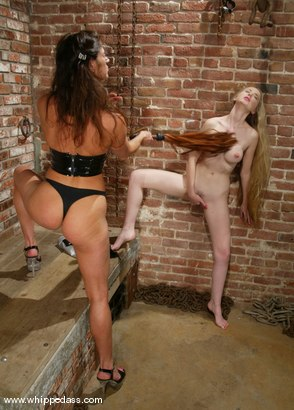 Photo number 4 from Chanta-Rose, Kym Wilde and Cloei shot for Whipped Ass on Kink.com. Featuring Chanta-Rose, Kym Wilde and Cloei in hardcore BDSM & Fetish porn.