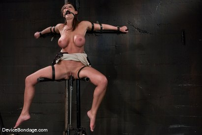 Christina Carter Machine fucked and tortured.