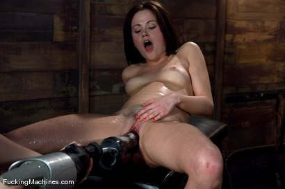 Photo number 9 from FuckingMachines ARCHIVE CLASSIC <br>Masturbating addiction - Sindee Jennings shot for Fucking Machines on Kink.com. Featuring Sindee Jennings in hardcore BDSM & Fetish porn.