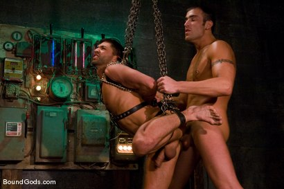 Photo number 13 from Slick It Up Spencer! shot for Bound Gods on Kink.com. Featuring Spencer Reed and Dominic Pacifico in hardcore BDSM & Fetish porn.