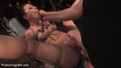 Photo number 9 from Sindee Jennings shot for Public Disgrace on Kink.com. Featuring Sindee Jennings and Mark Davis in hardcore BDSM & Fetish porn.