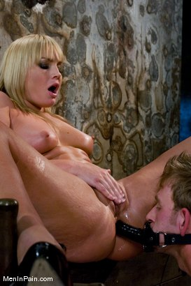 Photo number 12 from Ass Worship shot for Men In Pain on Kink.com. Featuring Flower Tucci and Dean Strong in hardcore BDSM & Fetish porn.