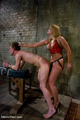 Photo number 5 from Ass Worship shot for Men In Pain on Kink.com. Featuring Flower Tucci and Dean Strong in hardcore BDSM & Fetish porn.