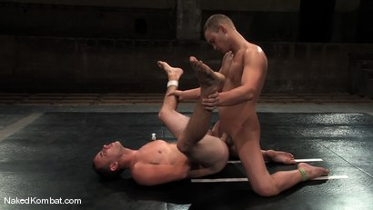 Photo number 13 from Dustin Michaels vs Ty Tucker shot for Naked Kombat on Kink.com. Featuring Dustin Michaels and Ty Tucker in hardcore BDSM & Fetish porn.