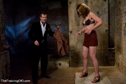 Photo number 2 from Slave Hunting<br />Candidate #37 shot for The Training Of O on Kink.com. Featuring Sarah Shevon and Maestro in hardcore BDSM & Fetish porn.