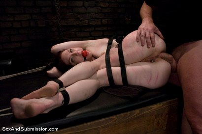 Photo number 8 from Carmen Stark shot for Sex And Submission on Kink.com. Featuring Mark Davis and Carmen Stark in hardcore BDSM & Fetish porn.