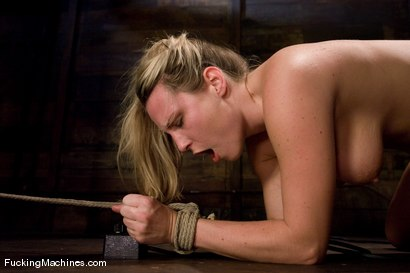 Photo number 15 from Harmony Rose Returns shot for Fucking Machines on Kink.com. Featuring Harmony in hardcore BDSM & Fetish porn.