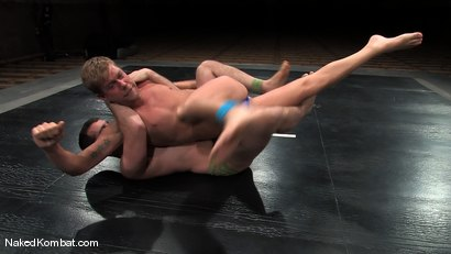 Photo number 3 from Cole Ryan vs Braxton Bond shot for Naked Kombat on Kink.com. Featuring Braxton Bond and Cole Ryan in hardcore BDSM & Fetish porn.