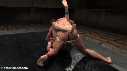 Photo number 3 from Brenn Wyson vs Brandon Monroe shot for Naked Kombat on Kink.com. Featuring Brandon Monroe and Brenn Wyson in hardcore BDSM & Fetish porn.
