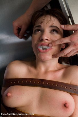 Photo number 14 from Dental Domination shot for Sex And Submission on Kink.com. Featuring Erik Everhard and Dana DeArmond in hardcore BDSM & Fetish porn.