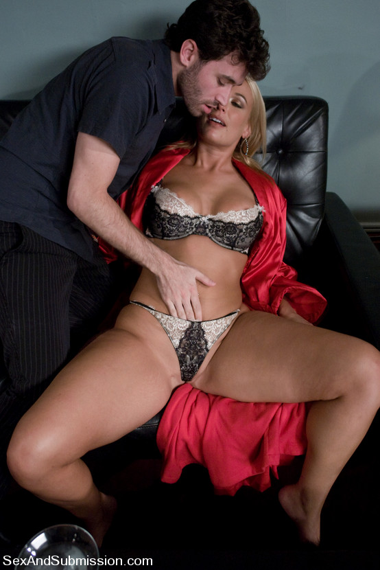 Gia paloma and james deen stop by avy scotts house 5