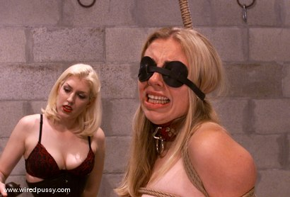 Photo number 5 from Adrianna Nicole shot for Wired Pussy on Kink.com. Featuring Adrianna Nicole in hardcore BDSM & Fetish porn.