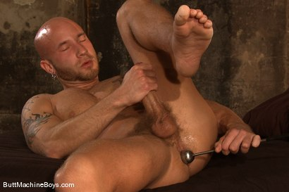Photo number 5 from Muscle Stud and His Toys shot for Butt Machine Boys on Kink.com. Featuring Drake Jaden in hardcore BDSM & Fetish porn.