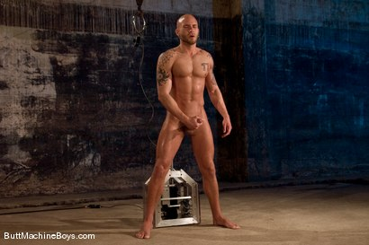 Photo number 15 from Muscle Stud and His Toys shot for Butt Machine Boys on Kink.com. Featuring Drake Jaden in hardcore BDSM & Fetish porn.
