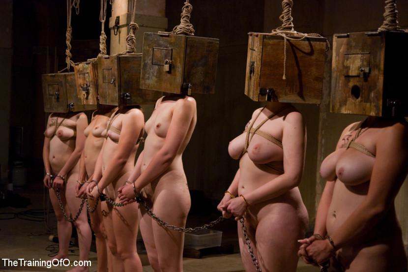Девушки в сексуальном рабстве порно