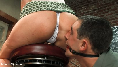 Photo number 2 from Please a woman's ass shot for Men In Pain on Kink.com. Featuring Lorelei Lee and Curt Wooster in hardcore BDSM & Fetish porn.