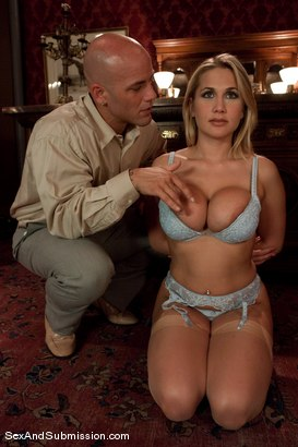 Photo number 1 from Alanah Rae: Purchased shot for Sex And Submission on Kink.com. Featuring Derrick Pierce and Alanah Rae in hardcore BDSM & Fetish porn.