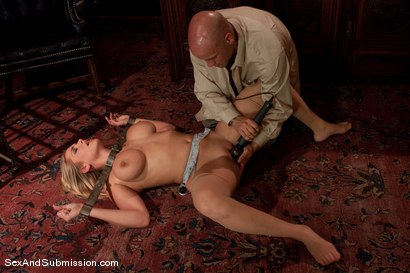 Photo number 7 from Alanah Rae: Purchased shot for Sex And Submission on Kink.com. Featuring Derrick Pierce and Alanah Rae in hardcore BDSM & Fetish porn.