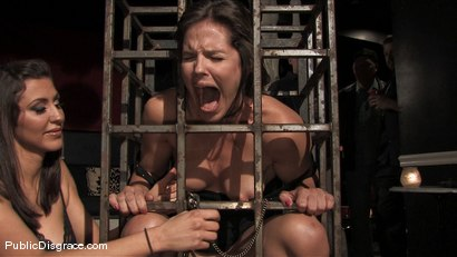 Photo number 4 from Bobbi Starr returns to Public Disgrace shot for Public Disgrace on Kink.com. Featuring Bobbi Starr and Erik Everhard in hardcore BDSM & Fetish porn.