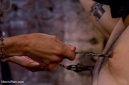 Photo number 7 from Serving Simone shot for Men In Pain on Kink.com. Featuring Simone Kross and Curt Wooster in hardcore BDSM & Fetish porn.