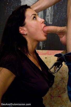 Photo number 6 from MILF Submission: episode 2  Lisa Ann shot for sexandsubmission on Kink.com. Featuring James Deen and Lisa Ann in hardcore BDSM & Fetish porn.