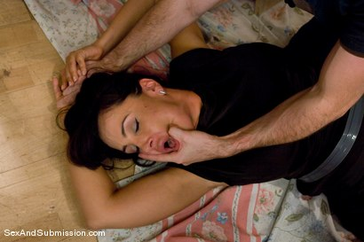 Photo number 5 from MILF Submission: episode 2  Lisa Ann shot for Sex And Submission on Kink.com. Featuring James Deen and Lisa Ann in hardcore BDSM & Fetish porn.