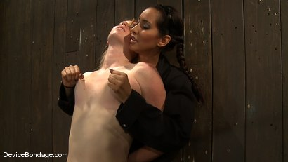 Photo number 3 from Jessie Cox, Ami Emerson, and Isis Love<br> Part 2 of 4 of the September Live Feed shot for Device Bondage on Kink.com. Featuring Isis Love, Jessie Cox and Ami Emerson in hardcore BDSM & Fetish porn.