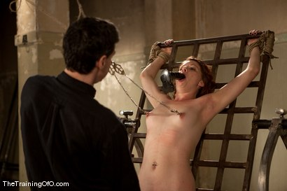 Photo number 11 from The Training of Lilla Katt, Day One shot for The Training Of O on Kink.com. Featuring Lilla Katt and Maestro in hardcore BDSM & Fetish porn.