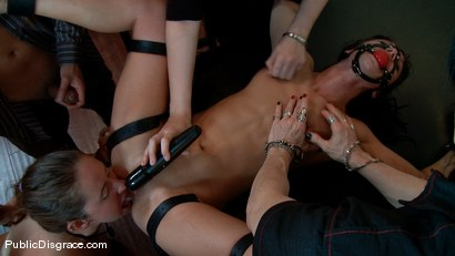 Photo number 9 from Wicked Grounds shot for Public Disgrace on Kink.com. Featuring Sadie West and Mark Davis in hardcore BDSM & Fetish porn.