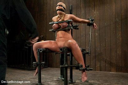 Photo number 8 from Mellanie Monroe<br> A tribute to the classic Insex (1999-2001) shot for Device Bondage on Kink.com. Featuring Mellanie Monroe in hardcore BDSM & Fetish porn.